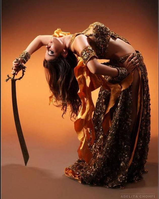 Conjunto danza arabe Algarabía